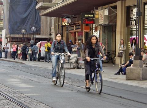 Велосипедисты в женеве