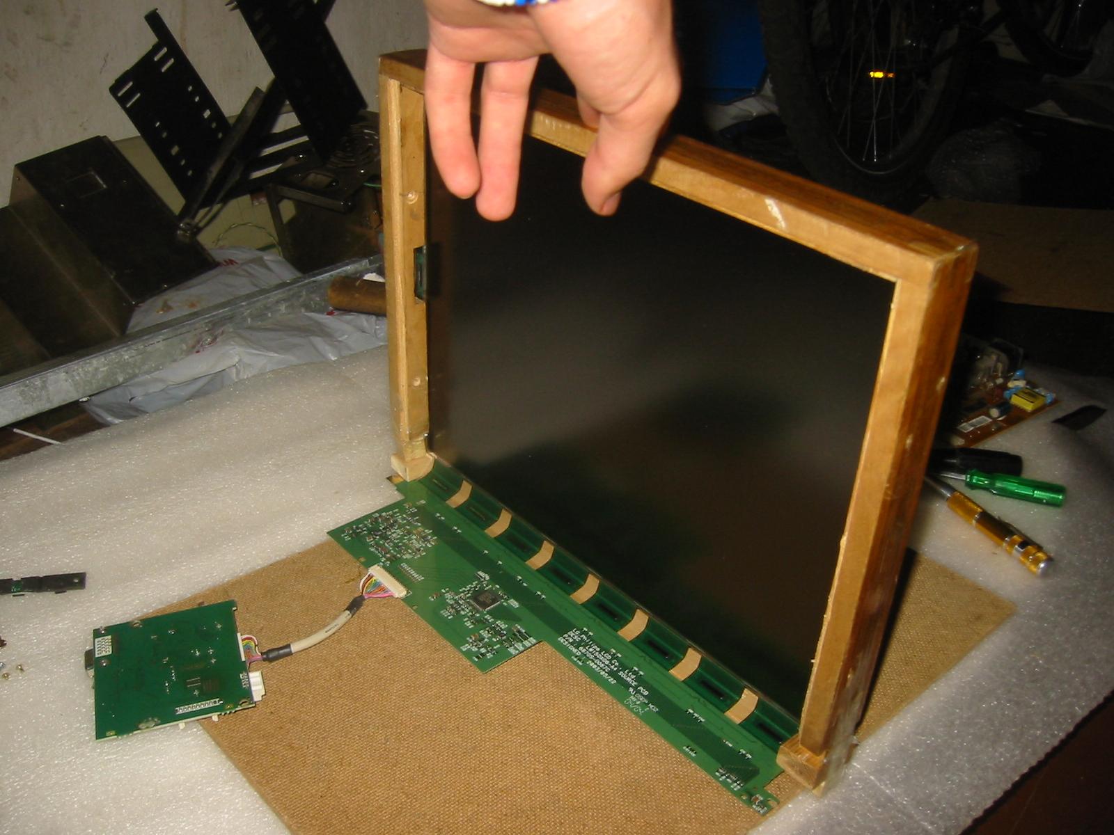 Проектор своими руками из монитора lcd 56