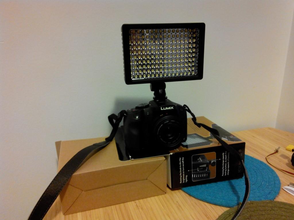 светодиодный прожектор и мой panasonic g6